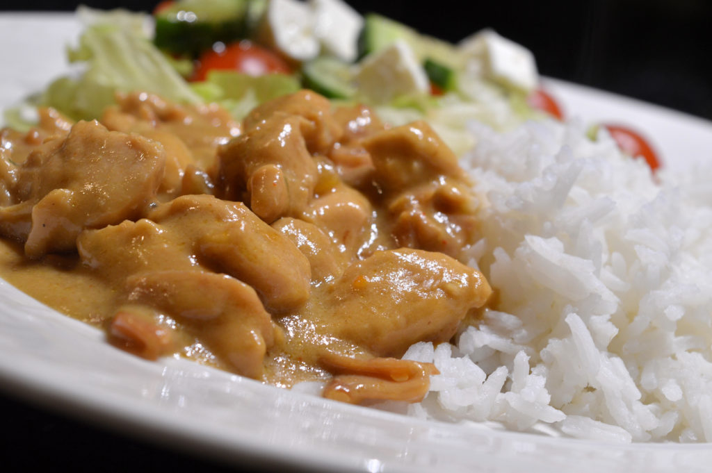 kycklinggryta-med-mango-chutney-sambal-oelek-3
