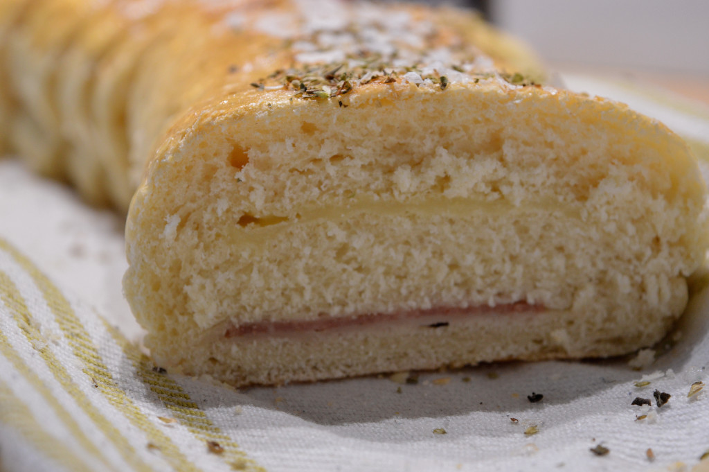 Salami- & västerbottenostfyllt bröd 3