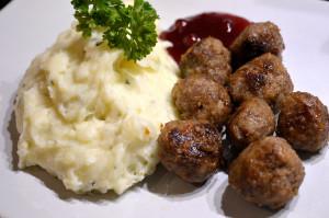 Ljuvliga köttbullar & persiljemos