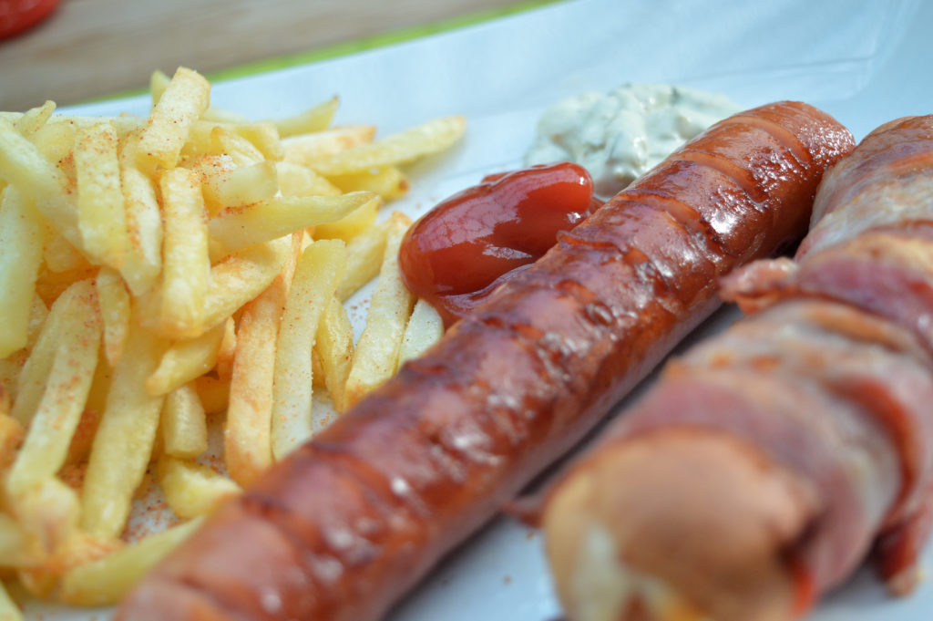 Baconlindade korvbröd med mjukost 6
