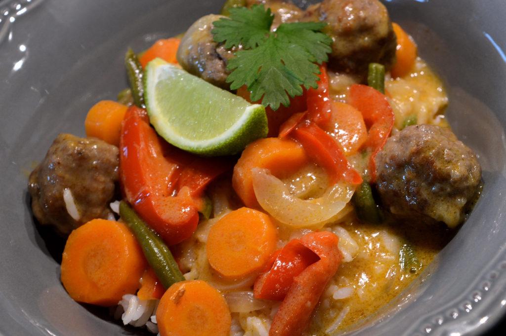 Thai red curry köttbullar med kokosmjölk 2