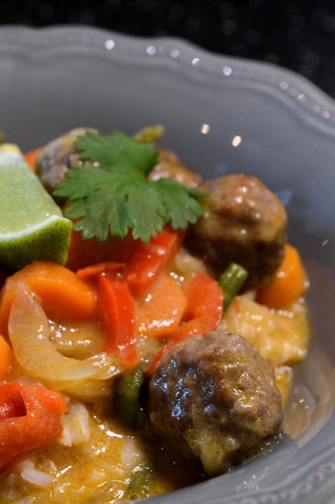 Thai red curry köttbullar med kokosmjölk 3