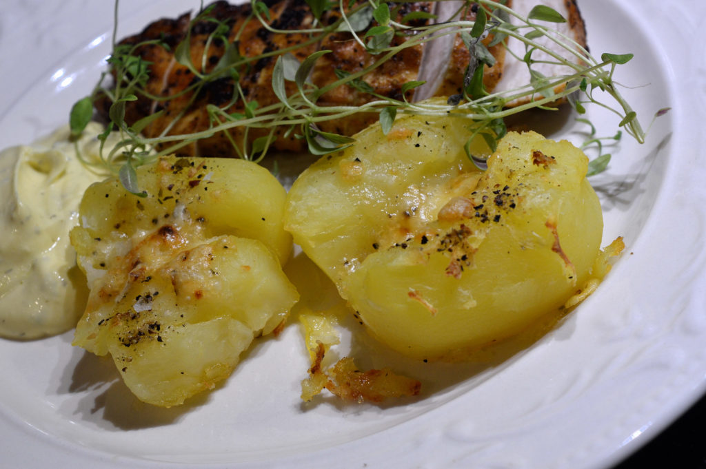 crusched-potatoes-med-ost-6