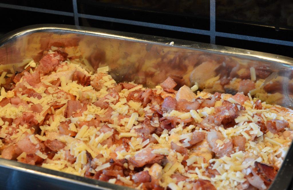 kycklinggratang-med-bacon-vitlok