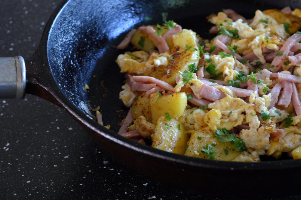 potatis-skinkpytt-med-agg-2